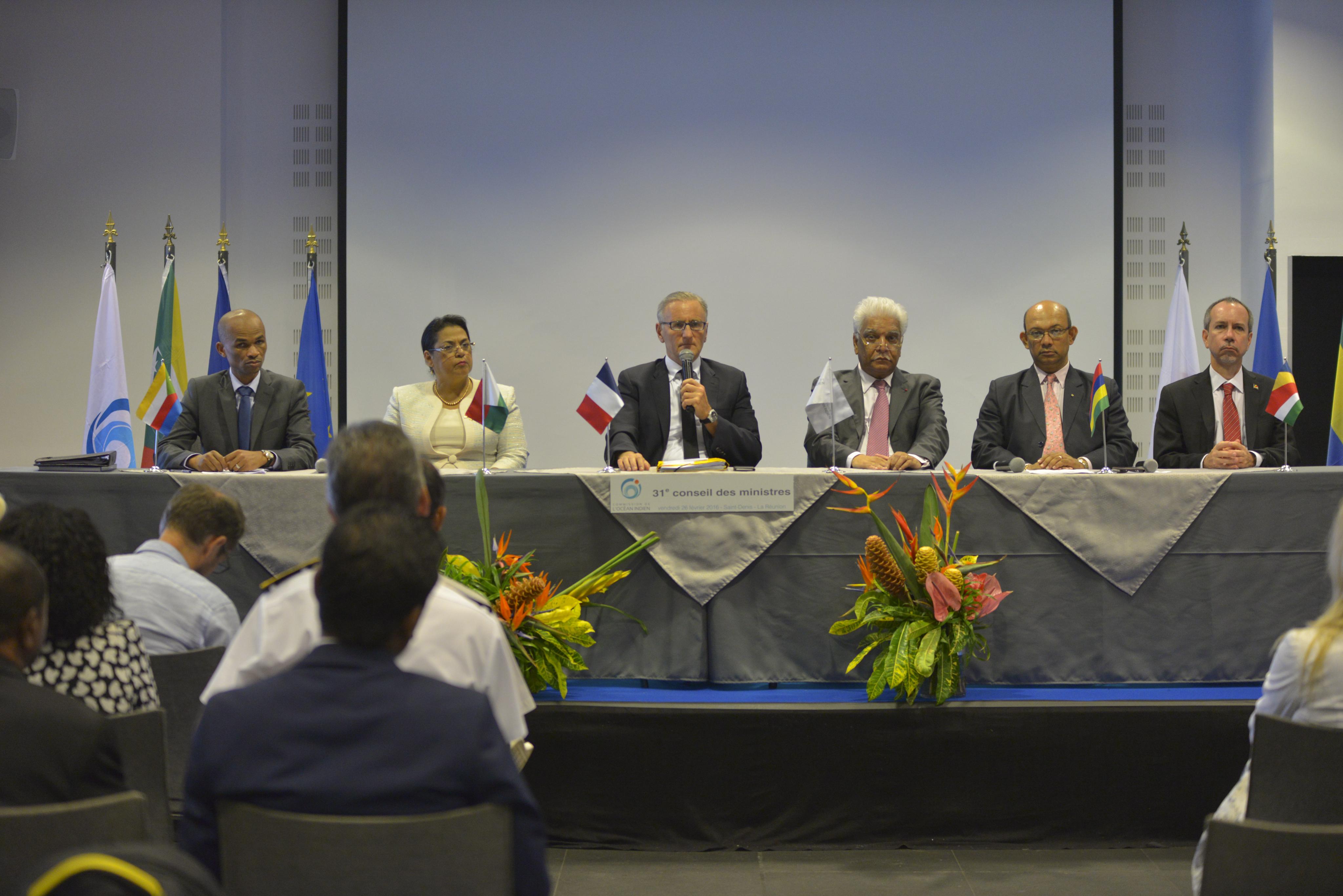 La france prend la pr sidence du conseil des ministres de for Chambre de commerce maurice